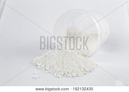 White zinc pigment on a white background