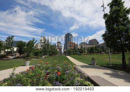 Cincinnati, Ohio skyline from Smale Riverfront Park