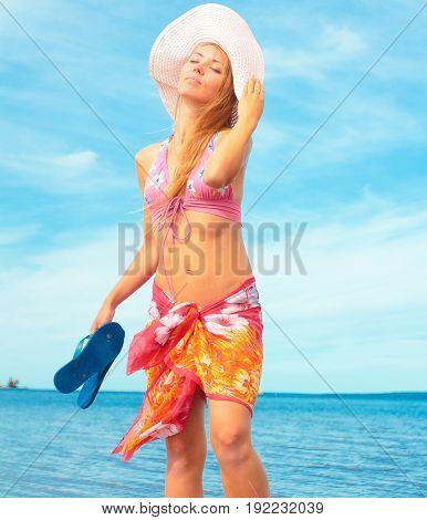 Hat Fun Girl