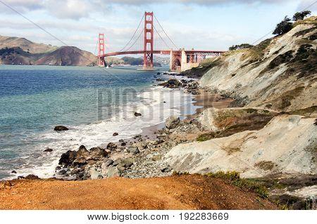 The Golden Gate Bridge from Baker Beach. The Presidio of San Francisco, California, USA.