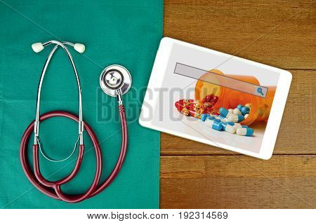 Medical Technology and e-medicine online consult concept.