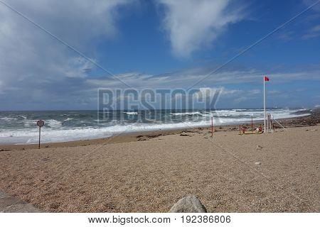 Beach on Porto coast with ocean waves