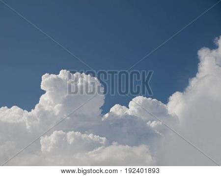 COLOR PHOTO OF CLOUDY SKY IN DAYTIME, STOCK PHOTO