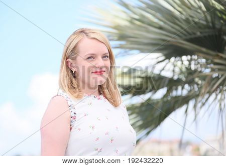 Elisabeth Moss attends the 'The Square' photocall during the 70th annual Cannes Film Festival at Palais des Festivals on May 20, 2017 in Cannes, France.
