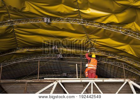 Mounting of insulation and steel framework on vault of tunnel on highway in Croatia