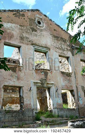 School building - North America historic brick school architecture