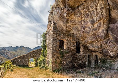 17th century bandit's house