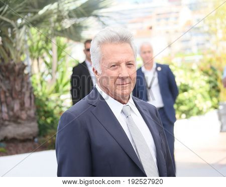 Dustin Hoffman attends 'The Meyerowitz Stories' photocall during the 70th annual Cannes Film Festival at Palais des Festivals on May 21, 2017 in Cannes, France.