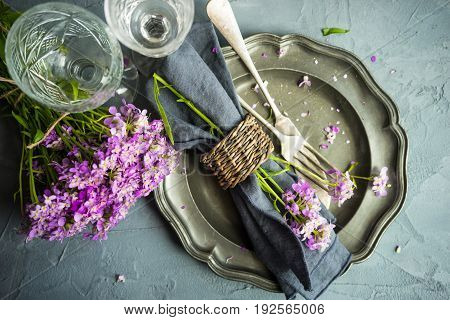 Summer Table Setting