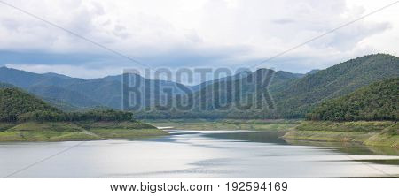 Beautiful scenery of turquoise lake Dramatic and dramatic scene