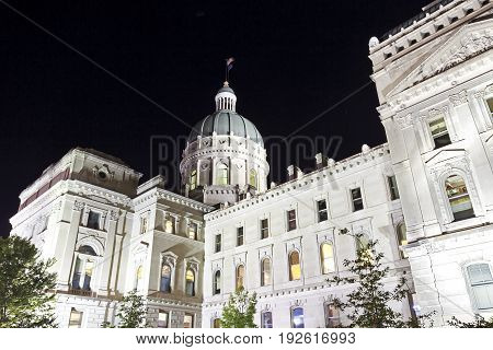 Capitol building in Indianapolis Indiana illuminated at night