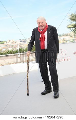 Claude Lanzmann attends the 'Napalm' photocall during the 70th annual Cannes Film Festival at Palais des Festivals on May 21, 2017 in Cannes, France.