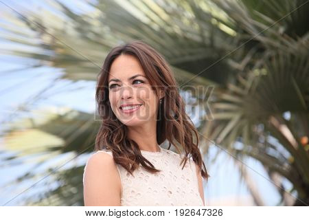 Berenice Bejo attends the 'Redoutable (Le Redoutable)' photocall during the 70th annual Cannes Film Festival at Palais des Festivals on May 21, 2017 in Cannes, France.