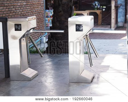 Turnstile controlling with electronic card reader at security gate