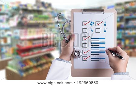 The Concept Of Online Pharmacy Medicine Online Payment  Healthcare And  Medical