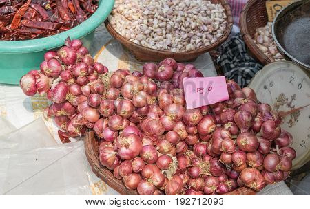 shallots, garlic, dried chilli in the market