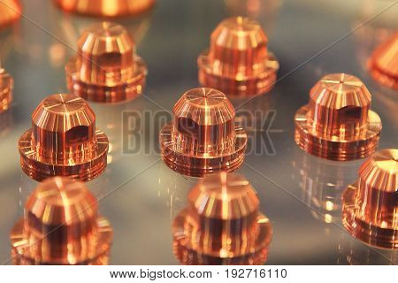 Group copper lugs for machines plasma cutting of metals