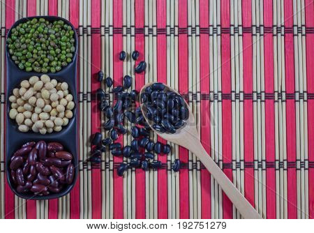 Mung Bean Black Bean Soy Bean Red Kidney Bean and whole grain, healthy food natural