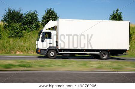 White truck speed
