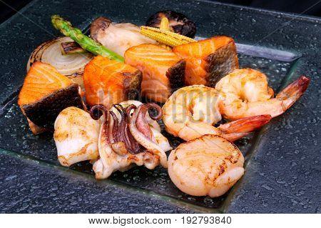 Japanese food style mixed seafood teppan yaki