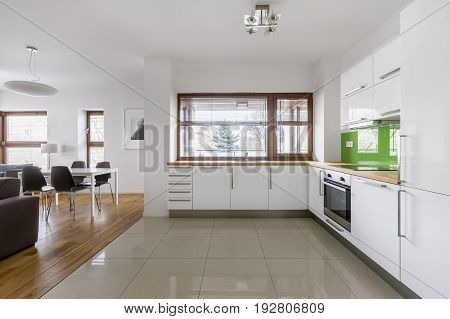 Apartment With Open Kitchen