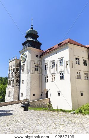14th century defense Castle Pieskowa Skala fortified entrance near Krakow Poland. Located in Ojcowski National Park is one of the best-known examples of a defensive Polish Renaissance architecture