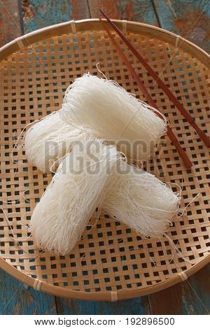 Cellophane noodles on a straw tray