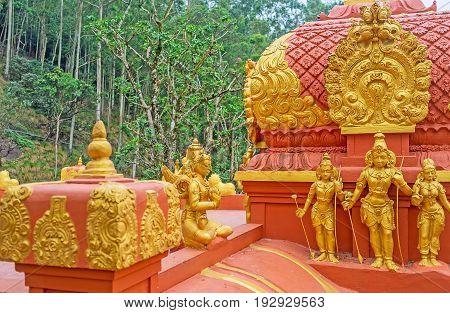 The Golden Sculptures