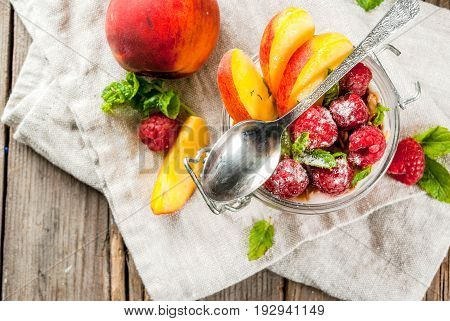 Overnight Oatmeal With Raspberries And Peach