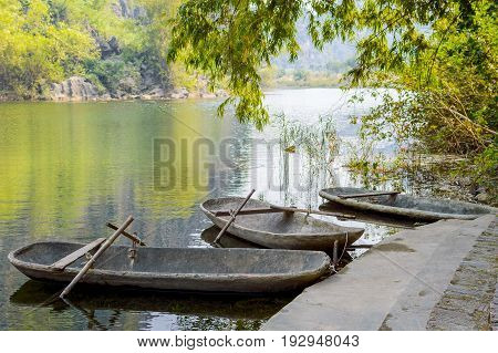 The Small Travel Boat Pier Of Tam Coc