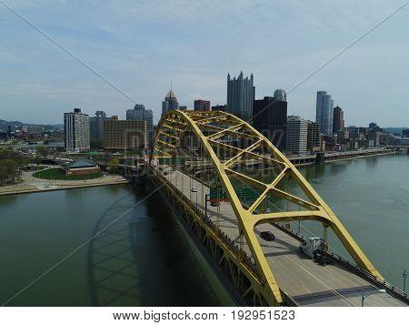 Pittsburgh Entrance From Across The Fort Pitt Bridge