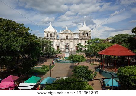 7Th Septeber 2014, Leon, Nicaragua - The Central Plaza Of Leon Overlooking The Cathedral In Nicaragu