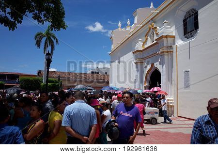 24Th September 2014, Leon, Nicaragua - Crowds On The Street To Celebrate The Festival De La Virgen D