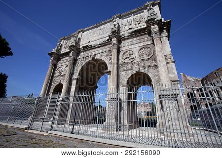One Of The Last Triumphal Arches In Rome Italy