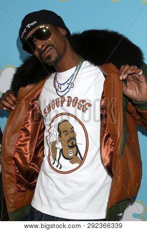 LOS ANGELES - MAR 28:  Snoop Dogg, Calvin Broadus Jr at