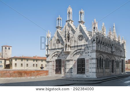 Pisa, church of Santa Maria della Spina on the banks of the Arno river poster