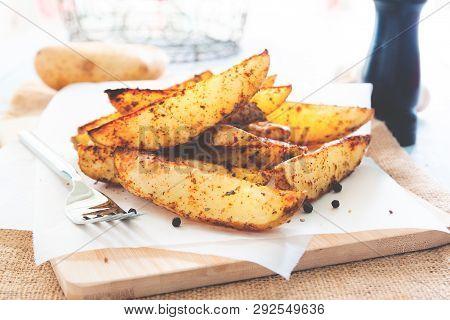 Baked Potato Wedges - Homemade Organic Vegetable, Vegan Potato Wedges Snack