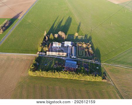 Farm House In Chalo-saint-mars, Essonne, Ile-de-france, France