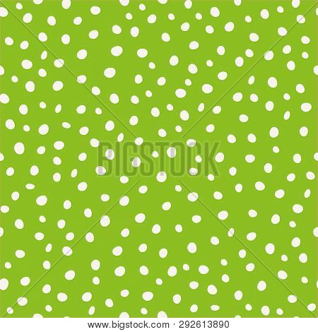 White Hand Drawn Circular Paint Dots In Scattered Design. Seamless Vector Pattern On Green Backgroun