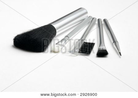 Cosmetic Brushes And Applicators