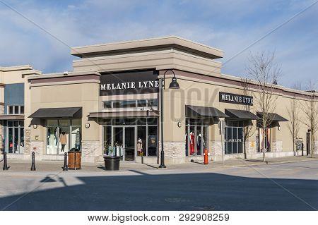 Surrey, Canada - February 10, 2019: Melanie Lyne Store Strip Mall Or Shopping Plaza In Sunnyside Nei
