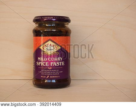 London - Oct 2020: Patak's Jar Of Curry Paste