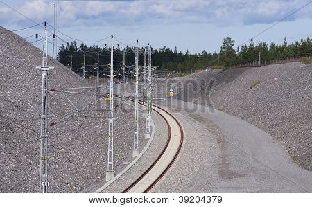 Overhead line for a railroad in a curve.