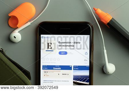 New York, Usa - 26 October 2020: Expansion Mobile App Icon Logo On Phone Screen Close-up, Illustrati