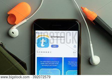 New York, Usa - 26 October 2020: Eltiempo.es Mobile App Icon Logo On Phone Screen Close-up, Illustra