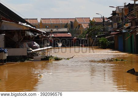 Hoi An, Vietnam, October 29, 2020: Severe Flooding In The City Of Hoi An Due To The Passage Of Typho