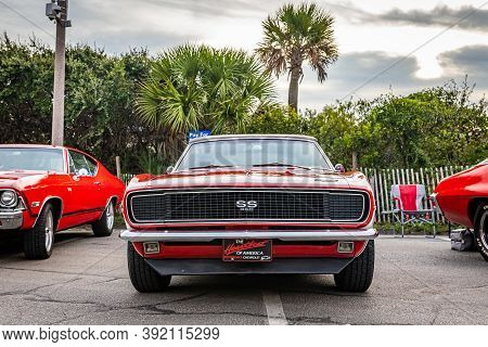 Tybee Island, Ga - October 3, 2020: 1967 Chevrolet Camaro Ss Convertible At A Local Car Show.