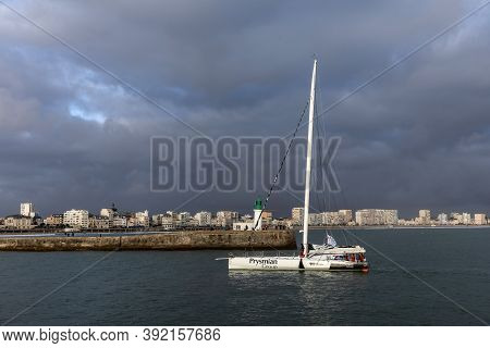 Les Sables D'olonne, France - October 29, 2020: Giancarlo Pedote Boat (prysmian Group) In The Channe