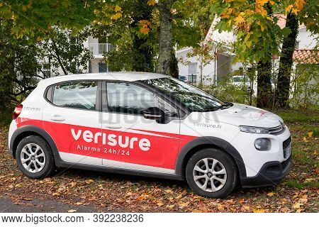 Bordeaux , Aquitaine / France - 10 20 2020 : Verisure Logo And Text Sign Of Home Alarm Triggers On C