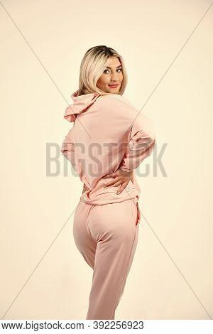 Gym Fashion. Trendy Sportswear. Style For Daily Life. Sport Style. Feel So Sporty. Fitness Woman Wea